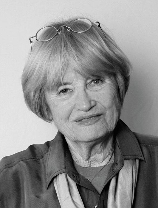 Jacqueline Veuve
